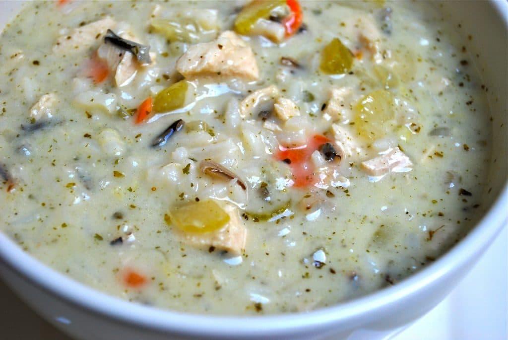 Soupe au poulet et riz sauvage (Panera Copycat)