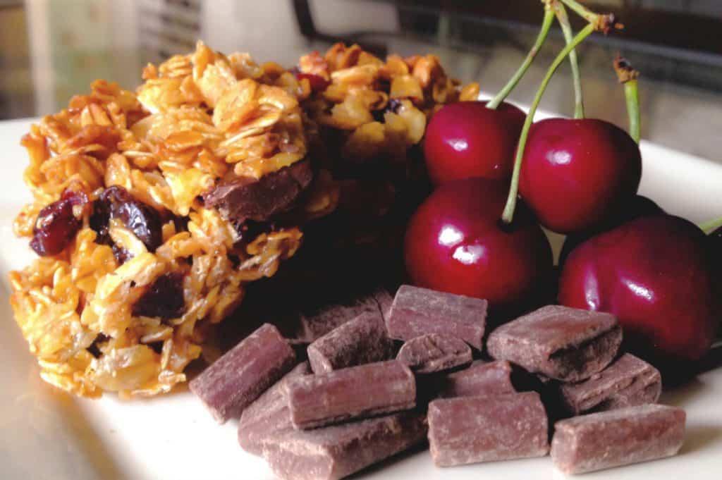 Cherry Chocolate Granola Bars