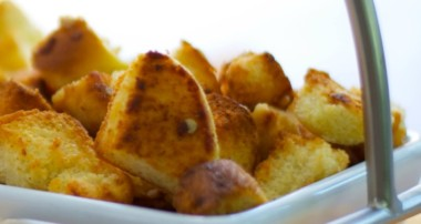 Garlic & Cheese Croutons