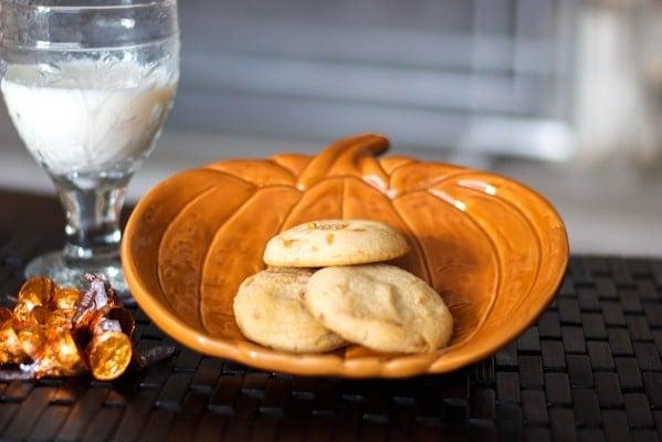 Pumpkin Spice Kisses Sugar Cookies