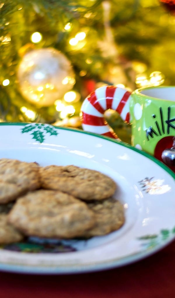 Oatmeal Toffee Cookies are a twist on the classic oatmeal cookie made with chunks of toffee bits and chopped walnuts.