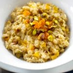 Apricot and Pistachio Oatmeal