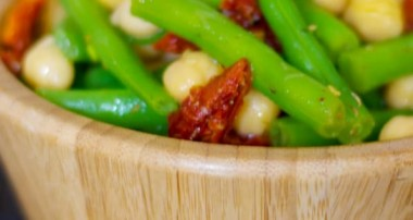 Mediterranean Inspired Garbanzo and Green Bean Salad