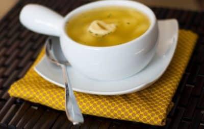 Tortellini en Brodo Soup