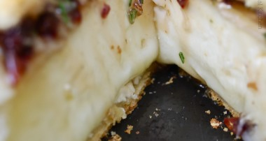 Baked Brie with Dried Cherries