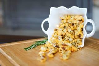 Paprika Rosemary & Cheese Cauliflower Popcorn