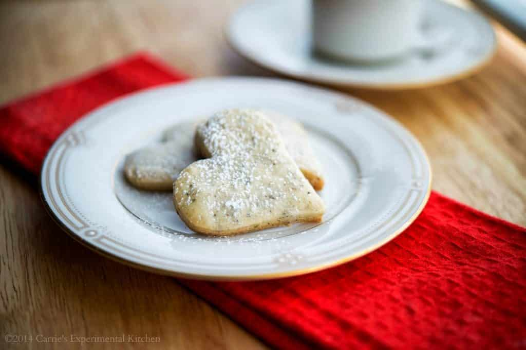 Cinnamon Apple Spice Shortbread Cookies