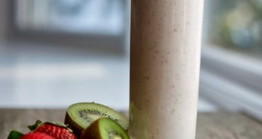 Strawberry, Kiwi & Banana Smoothie