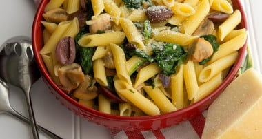 Penne with Baby Spinach, Mushrooms & Olives