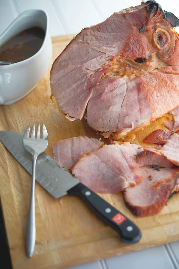 Making a holiday dinner doesn't have to be difficult. Try this Brown Sugar-Honey Baked Ham made with only three ingredients.