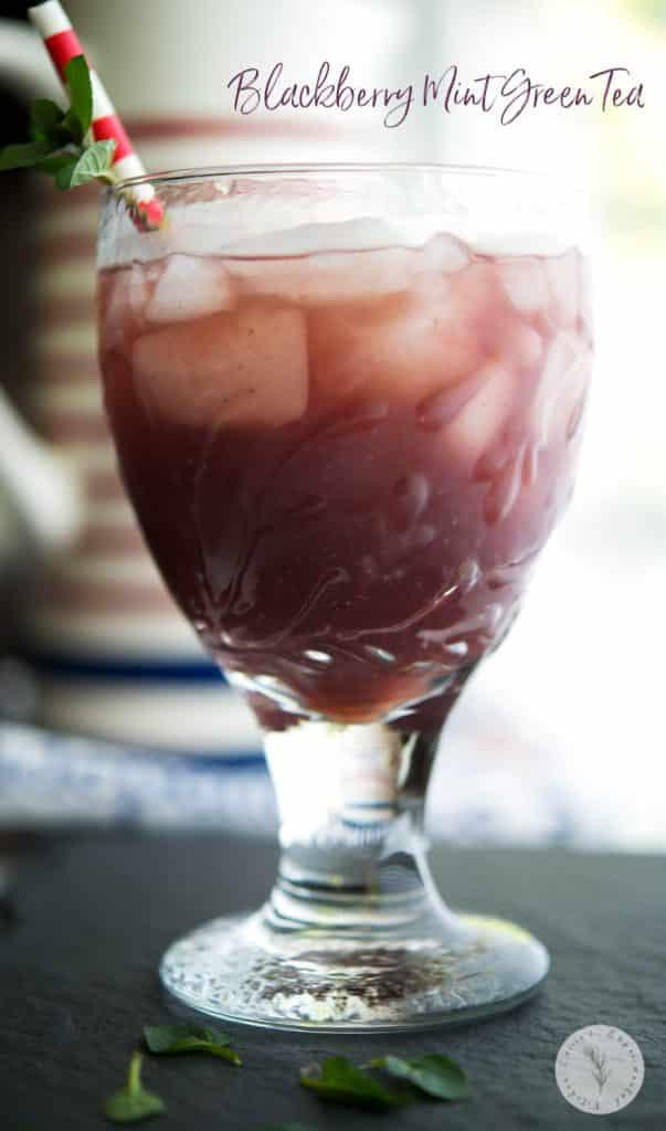 Blackberry Mint Green Tea: Green tea brewed with fresh blackberries and mint leaves is a flavorful, cool drink you can enjoy all year long.