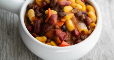 Slow Cooker Vegetarian Three Bean Chili
