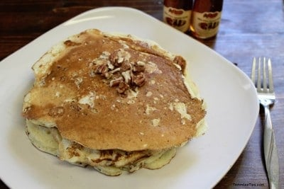 Copy-Cat-Cracker-Barrel-Pecan-Pancakes-2-1024x684