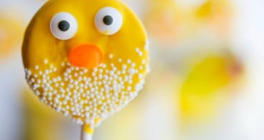 Easter Chick Oreo Pops