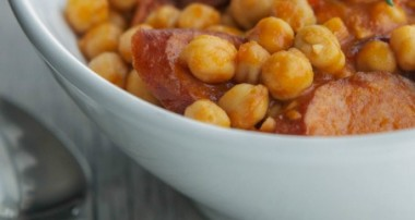 Slow Cooker Kielbasa, Chickpea & Tomato Ragout