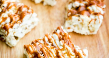 Salted Caramel Marshmallow Popcorn Treats