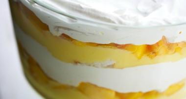 Peaches & Cream Trifle {No Bake}