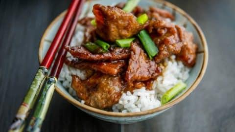 Mongolian Beef {PF Changs Copycat} | Carrie's Experimental Kitchen