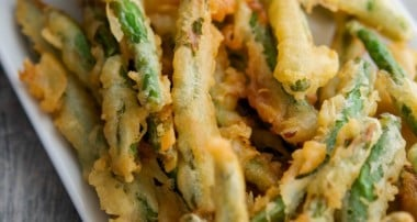 Green Bean Crispers with Lemon Garlic Aioli {Applebee's Copycat}