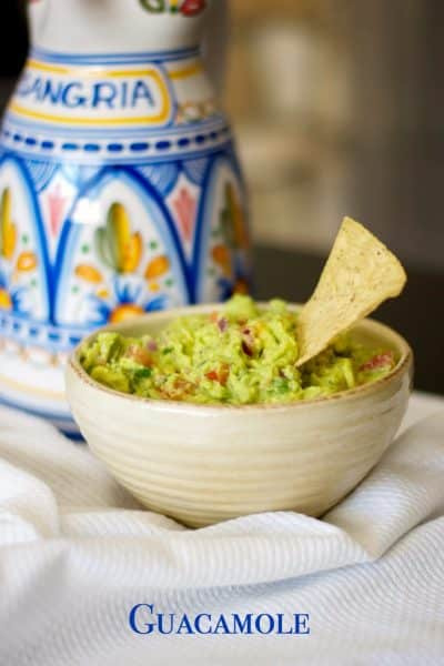 Snacking doesn't have to be unhealthy. Homemade guacamole is rich in healthy fats that satisfies your cravings.