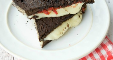 Grilled Provolone Sandwich with Sun Dried Tomato Pesto on Pumpernickel