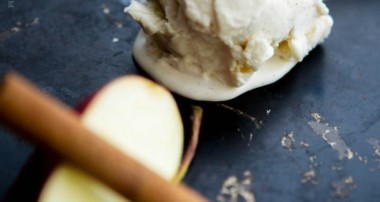 No Churn Apple Cinnamon Ice Cream