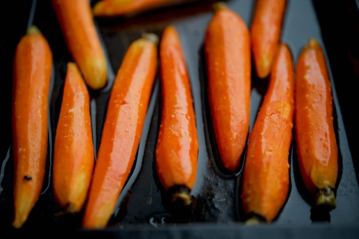 Maple Roasted Baby Carrots, perfect accompaniment to any meal. Click ...