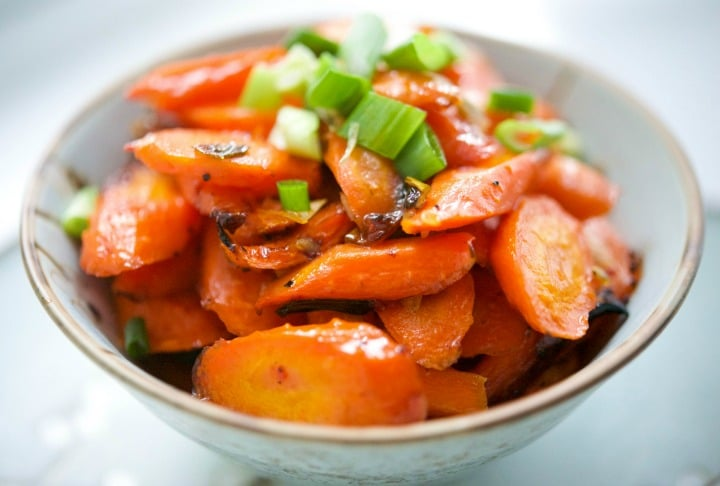 Sweet & Sour Roasted Carrots