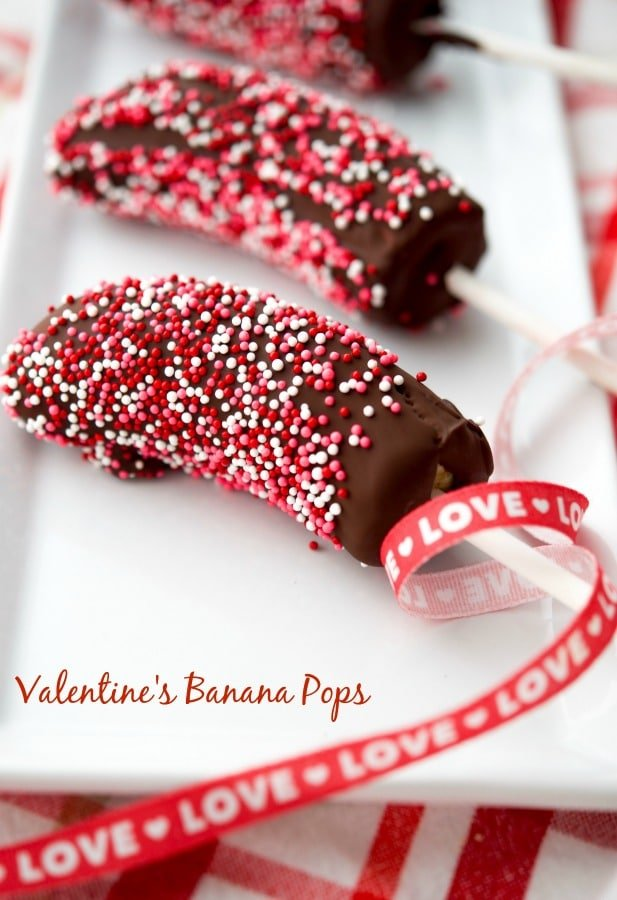 Show someone how much you care by making them these dark chocolate covered frozen Valentine's Banana Pops. They're going to love you for it!