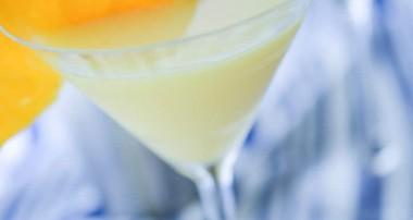 Creamsicle Martini {Alcoholic Cocktail}