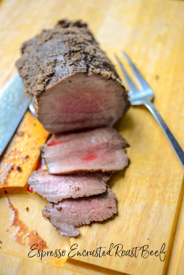 Cooler temperatures mean roasting our favorite meals on a Sunday afternoon & recipes like this Espresso Encrusted Roast Beef will get everyone to table!