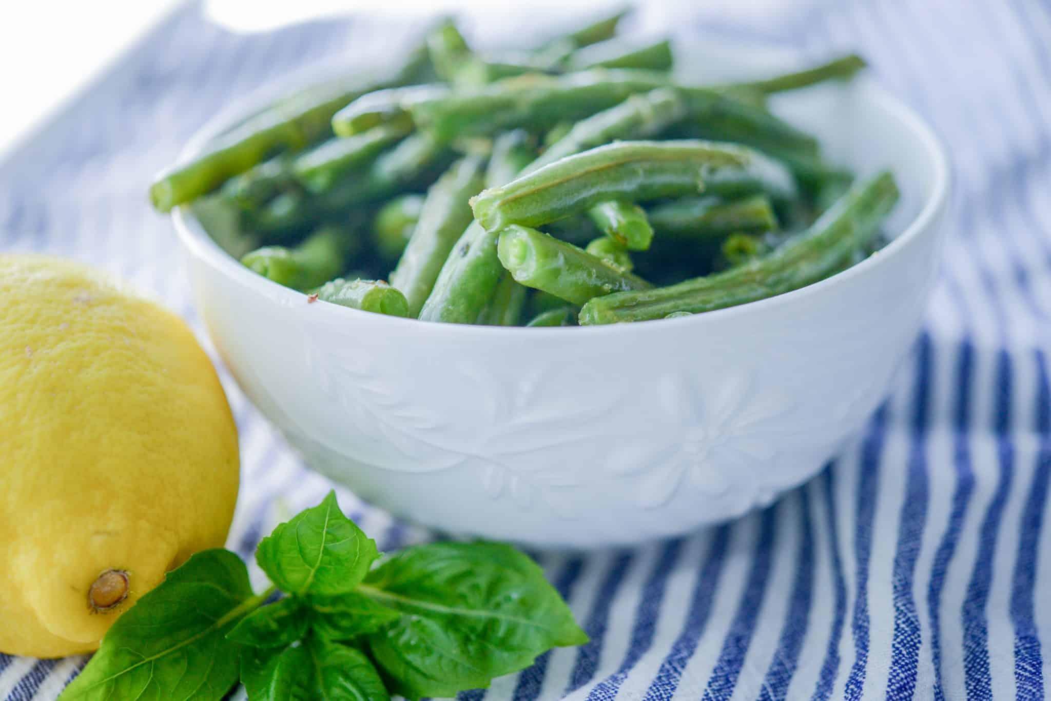 Lemon Basil Roasted Green Beans