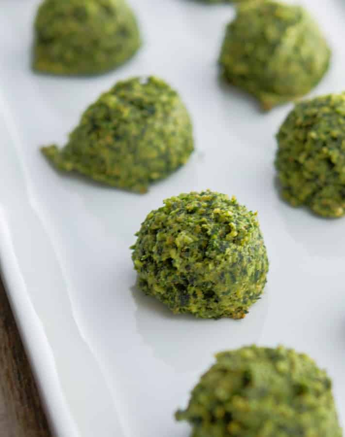 Spinach Nuggets made with Italian breadcrumbs and grated Pecorino Romano cheese are so simple to make, kid friendly and mom approved!