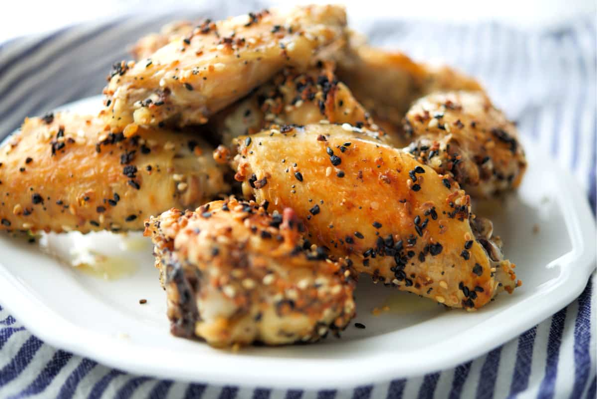 Everything Bagel Baked Chicken Wings