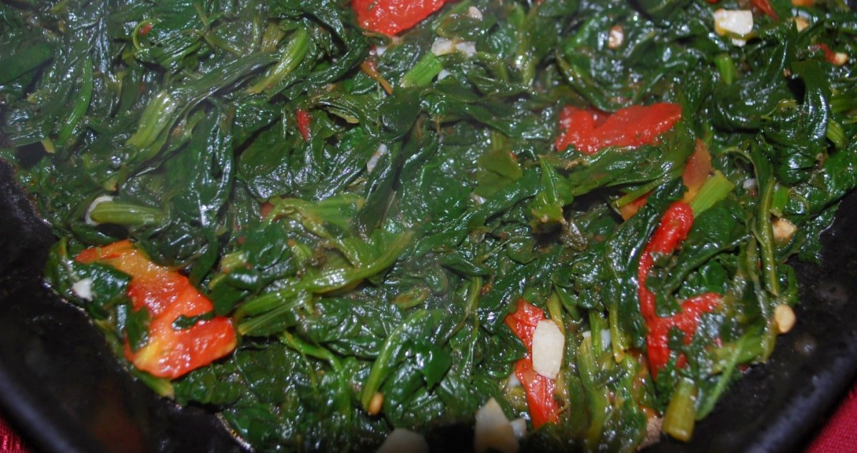 Spinach with Roasted Tomatoes