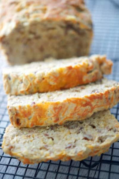 Apple Cheddar Loaf Bread