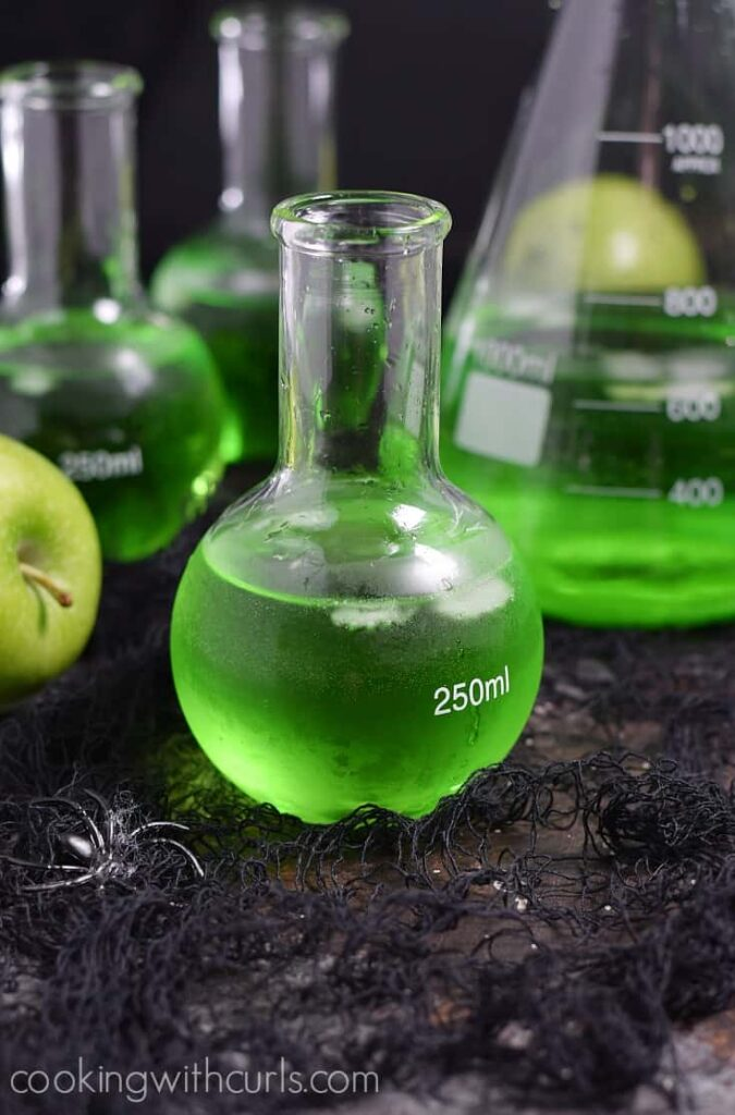 Poisoned Apple Cocktail